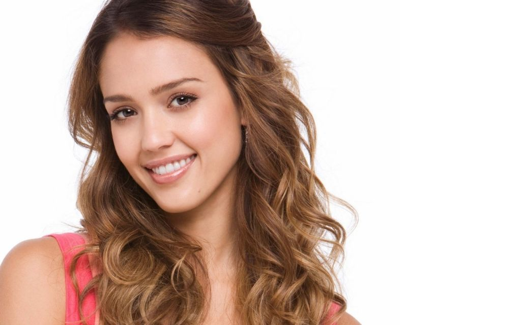 Biracial Celebrities on Being Mixed: Jessica Alba - Mixed Remixed ...